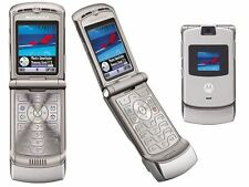 Motorola RAZR V3 Silver Unlocked flip Mobilephone New Condition With Accessories