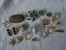 Mixed Lot of Vintage Rhinestone Jewelry Brooches Earrings & More 521524