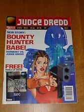 JUDGE DREDD THE MEGAZINE - Series 3 - No 24 - Date 12/1996 - Inc TRADING CARD