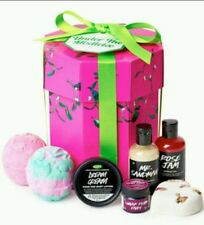 New Lush Cosmetics USA holiday under the mistletoe Gift Set Christmas Ltd. Ed.