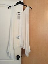 NEW Heartsould - White color Shark Teeth Bottom women tunic top Plus size 2X