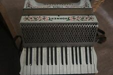 Hohner 'Vineta' c1930s 48 bass piano accordion white finish with floral *Vintage