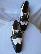 FLORSHEIM Barletta Spectator Two Tone Black/White Wingtips Oxfords Mens 8D