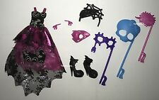 Welcome to Monster High Dance the Fright Away Draculaura Doll Outfit & Shoes NEW