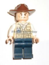 Lego Jurassic World Minifigure VET with Hat from set 75918, New