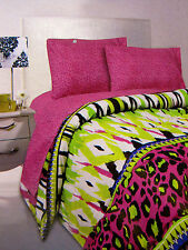 QUEEN - Rampage - Wildcat - Lime Fuchsia Animal Print SHEET & COMFORTER SET
