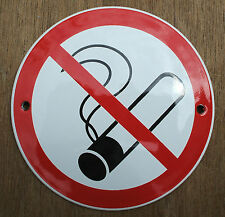CLASSIC ENAMEL NO SMOKING SIGN. BLACK PICTURE ON A WHITE BACKGROUND. 10cm.