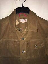 NEW WITH TAGS FILSON MADE IN USA OIL FINISH TIN CLOTH SHORT CRUISER JACKET M