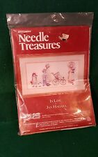 Crewel Embroidery Kit Stitchery Needle Treasures In Line by Jan Hagara Sealed