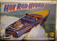 196x Hot Rod Hydro Hemi Hydro Boot mit Trailer, 1:25, Revell USA 0392
