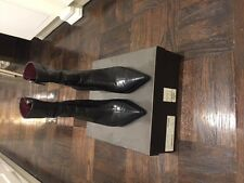 Women's Gucci black pointed toe boots, size 9 - worn once
