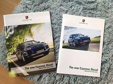 Porsche new cayenne diesel brochure et poster. 2008. rare objet comme une paire