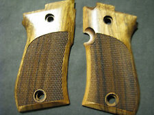 Beretta 85F 82F 87 French Walnut Pistol Grips Checkered W/O LOGO SWEET NEW!