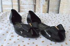 Authentic SALVATORE FERRAGAMO Black Rubber Jelly Barbados Flats Bow Gold SZ 8