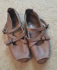 Trippen Travel Flats Mushroom Brown Leather Strappy Buckles US 8 8.5