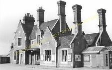 Axminster Railway Station Photo. Chard - Seaton Jct. Yeovil to Honiton Line. (17