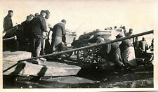 CHINA & PEOPLE TRY TO MOVE STUCK CARRIAGE & ORIGINAL ca 1920s SNAPSHOT PHOTO