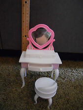 Barbie Bratz Doll house furniture Bed Bath room Pink  White Vanity with Chair
