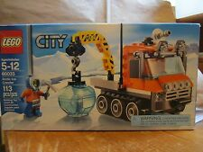 LEGO City 60033 New 113 pcs Artic Ice Crawler Mini Figure Sealed Ice Pick