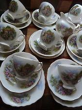 """Vintage Royal Vale China """"cottage garden"""" 8 tazas, platillos, Platos De Té, jarra de leche"""