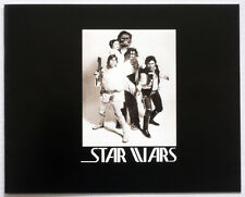 STAR WARS REPRO 1976 . GEORGE LUCAS HAND SIGNED CREW GIFT PHOTO BOOKLET .NOT DVD