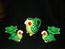 VINTAGE 1979 FITZ & FLOYD PARROT PITCHER AND MATCHING RARE CANDLESTICKS