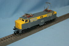 Marklin 3055 NS Electric Locomotive Br 1200 Yellow-Grey vers. 1