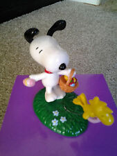 SNOOPY EASTER BEAGLE & WOODSTOCK DEPT 56 2007 TABLE FIGURE mint in original box!