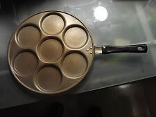 Non Stick Pancake Fry 7 Mini Pancakes Pan  Very high quality pancake pan.