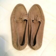 L.L. Bean Ladies Driving Moccasin Loafers Shoes-Size 8M no wear Taupe Suede