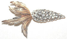 RARE CROWN TRIFARI SIGNED RHINESTONE CARROT PIN EXCELLENT STONES AND GOLD TONE!!