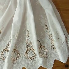 1 yd Vintage Style Embroidery Cotton Eyelet Lace Fabric Off White 65cm Wide