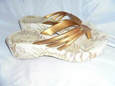 GISELE BUNDCHEN WOMEN WHITE/GOLD PLASTIC SLIPPERS SIZE UK 7 EU 40 US 9 VGC