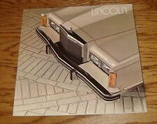 Original 1982 Lincoln Deluxe Sales Brochure 82 Town Car Cartier