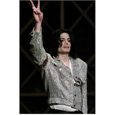 Michael Jackson King of Pop Flashing Peace Sign 8 x 10 Inch Photo