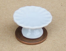 1:12 Scale White Ceramic Cake Stand Dolls House Miniature Food Accessory W52B