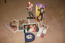 SELENA QUINTANILLA PEREZ - RARE RARE AMOR PROHIBIDO DOLL, STAND UP + FREEBIES!!!