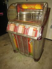 Wurlitzer Model 1250  Complete and Nice Machine
