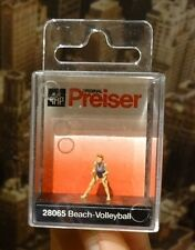 "Preiser 28065 – H0/00 Figuren ""Beach Volleyball / Voleibol de playa"""