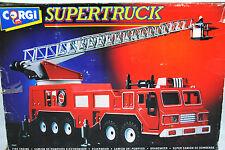 Corgi 1:50 SUPERTRUCK FIRE Engine w Extension & Rotation Ladder + Support Legs