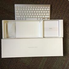 Apple Keyboard and Magic Mouse - Wireless/Bluetooth Bundle A1314 Brand New