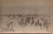 photo ancienne plage de Schéveningue Pays - Bas ( réf 9 ) .