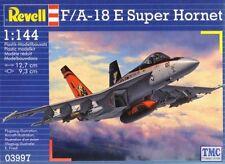 03997 Revell 1/144 F/A-18E Superhornet TOMCATTERS CAG Kit