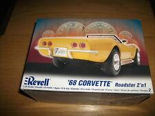 Revell - 68 Corvette Roadster 2 ´n 1 -  Bausatz - 1: 25