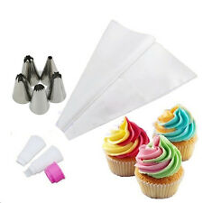 1 Set Two Color Converter Pastry Bag with 5Pcs Russian Icing Piping Nozzles Cake