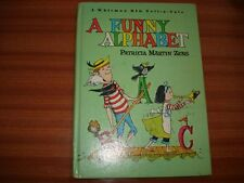 A FUNNY ALPHABET BY PATRICIA MARTIN ZENS ILLUSTRATED BY KELLY OECHSLI