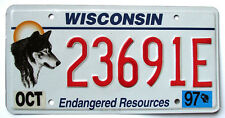Wisconsin ENDANGERED RESOURCES / WOLF Specialty License Plate #23691E