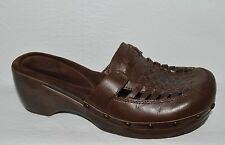 WHITE MOUNTAIN CHOCOLATE SZ 8 M BROWN LEATHER PLATFORM CLOGS MULES SLIP ON SHOES