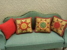 """4 zauberhafte Sofa-**KISSEN**,""""mittelalterlich""""für z.B.Wohnzimmer Puppenstube! B"""