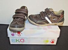 Beeko BKO boys youth casual or athletic shoes 13 13.5 Brown NIB Jameson EURO 31
